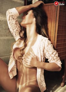 Carol Muniz- Revista SEXY de julho de 2014