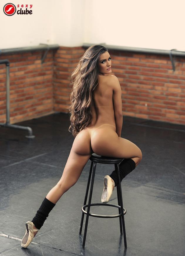 Carol Muniz Sexy Spankbank 1