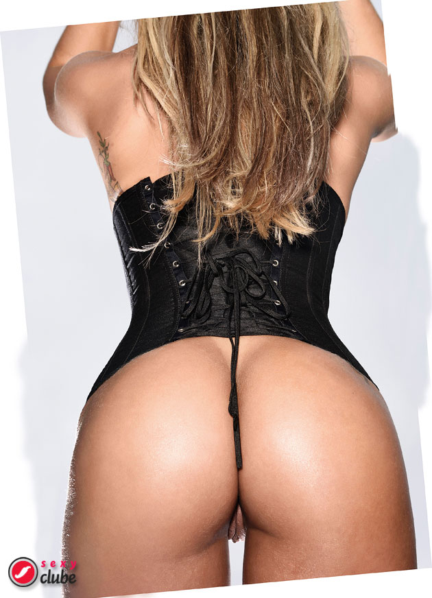Verônica Araújo - Revista SEXY de julho de 2015