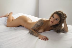 Bruna Hollinger - Sexy Girls - Sexy Clube