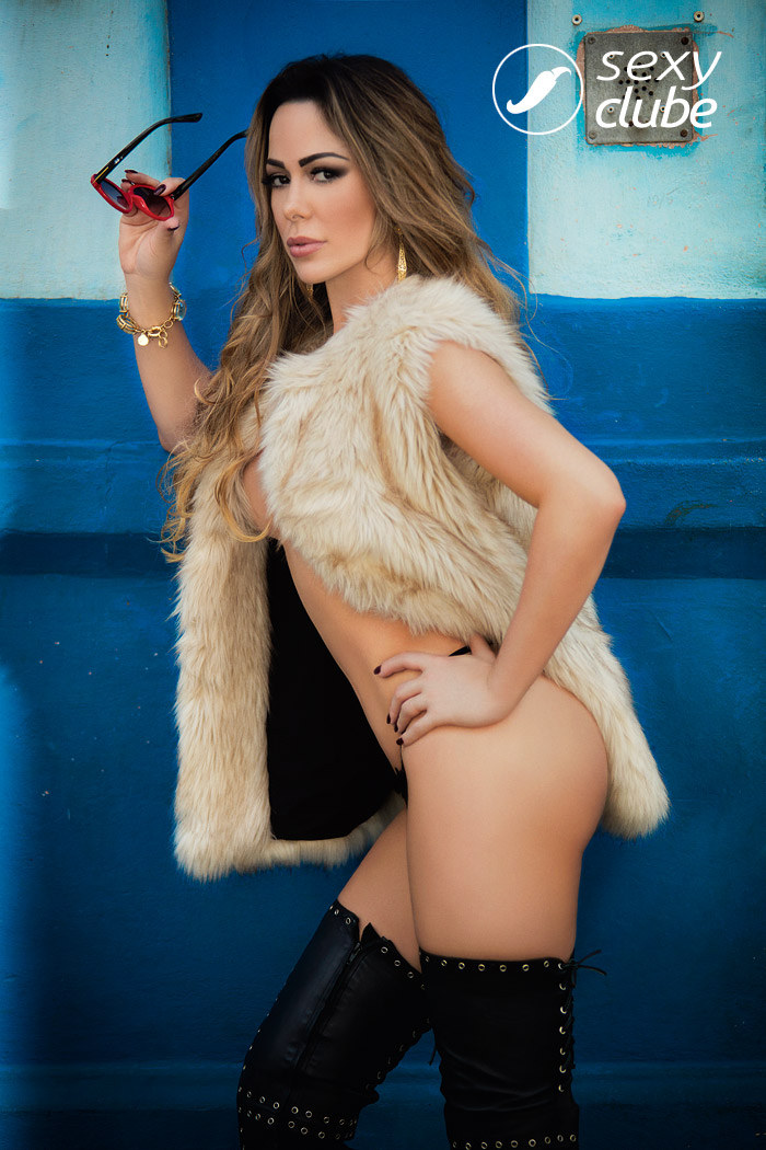 Juliana Isen - Revista SEXY de Novembro de 2016