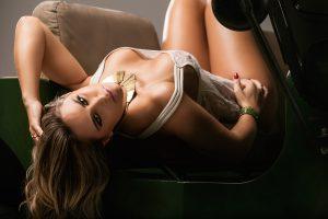 Aline Simony - Sexy Girls - Sexy Clube