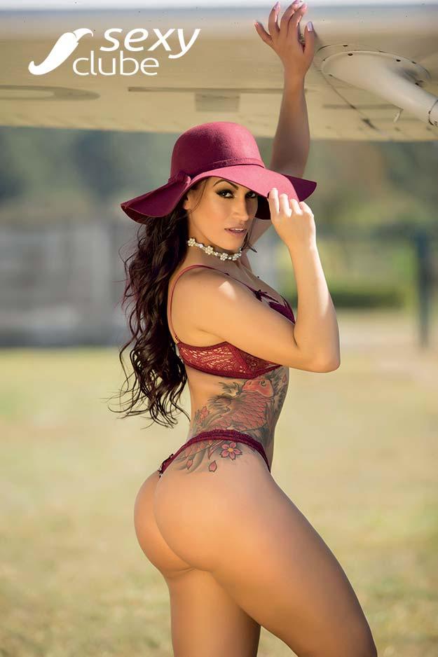 Debora Santos - Revista SEXY de outubro de 2017