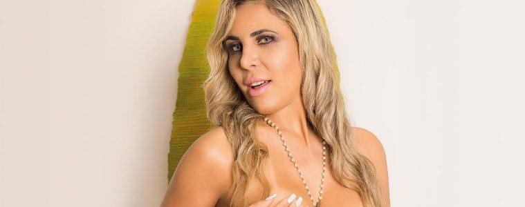 Cinthia Pavanelli - Revista SEXY de Janeiro de 2018