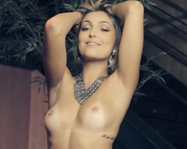 Renata Karelin - Strip - Sexy Clube