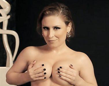 Emme White - Strip - Sexy Clube
