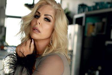 Rosana Menezes - Capas Sexy - Sexy Clube