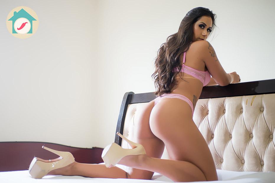 Carla Moreno - Casa das Pimentinhas 3 - Sexy Clube