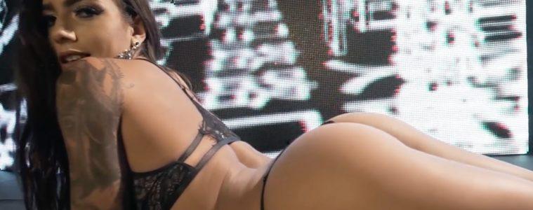 Maiara Sudre em um strip - Hot Girls - Sexy Clube