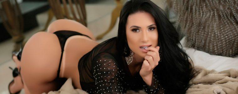 Carol Silveira - 6 Gatas - Revista Sexy Outubro de 2020
